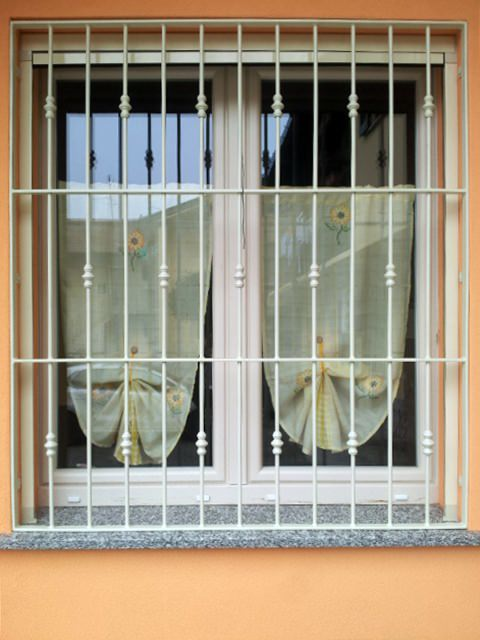 Modelli di inferriate per finestre elegant grata dec ante with modelli di inferriate per - Modelli di grate per finestre ...