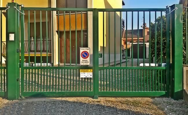 Cancello A Due Ante Battenti.Cancelli Carrai Rema Fabbro Muggio Monza Brianza
